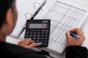 How To Hire The Right Bookkeeper For The Job